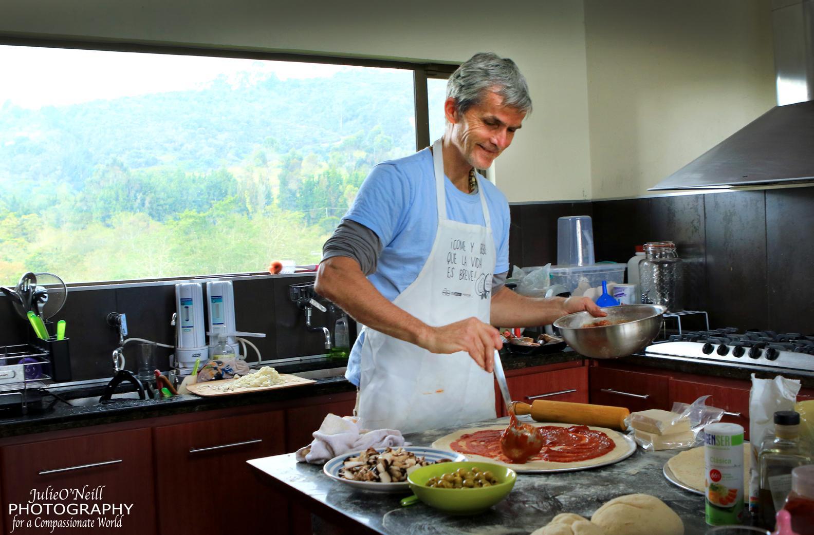 Cursos de cocina vegana juliana 39 s animal sanctuary for Cocina vegana gourmet