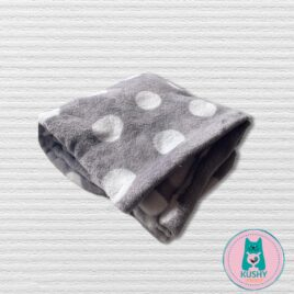 Soft Blanket grey with white dots