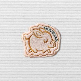 Go Vegan light pink pig patch